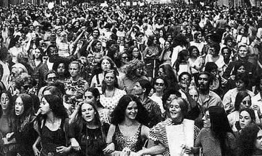 Mulheres reunidas